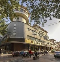 Mo Gao Hotel