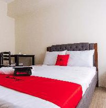 RedDoorz Premium @ Vista Heights Legarda