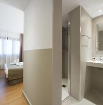 Hotel Airiños 3*