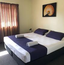 Kaiviti Motel