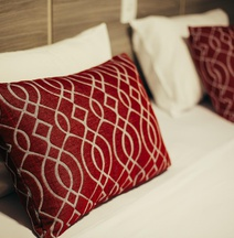 103 Hotel & Flats