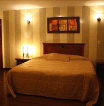 Hotel Imperio Real
