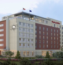 Hampton Inn & Suites Fort Wayne Downtown