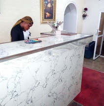 Laurintin Rose Hotel
