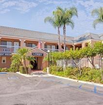 Days Inn by Wyndham Whittier Los Angeles