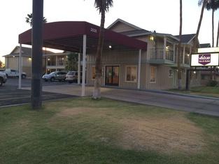 Value Inn & Suites