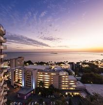 Ramada Hotel & Suites by Wyndham Noumea