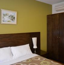 YTI Garden Hotel