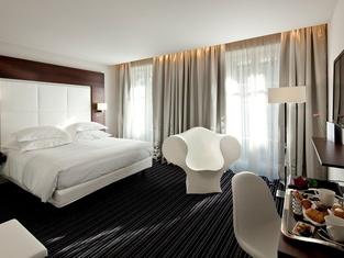 格勒諾布林大酒店