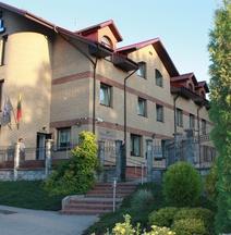 Amicus Hotel