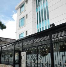 Hotel Casa Mahanaim