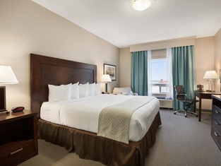 Ramada by Wyndham Emerald Park/Regina East
