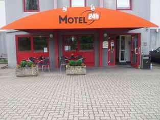汉诺威24小时汽车旅馆