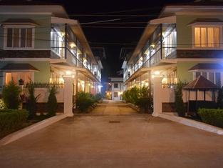 WEStay @ The Grand Nyaung Shwe Hotel
