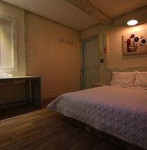 Geogi Motel