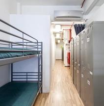 ニュー ソサエティ バックパッカーズ ホテル - ホステル