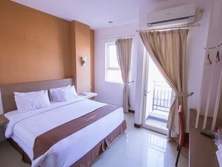 Luxpoint Hotel Baratajaya