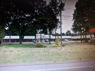 Twin Spruce Motel