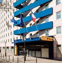 Hotelf1 Paris Saint-Ouen - Marché Aux Puces