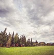 Hidden Acres Farm & Treehouse Resort