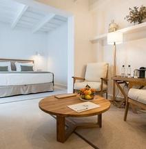 S'Hotelet d'es Born - Suites & SPA