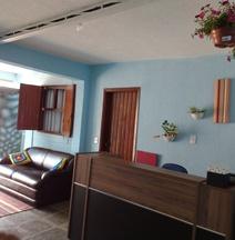 Hotel e Pousada Arara Azul