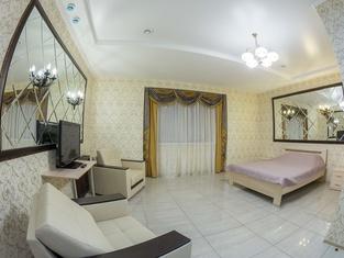 Svoyak Hotel