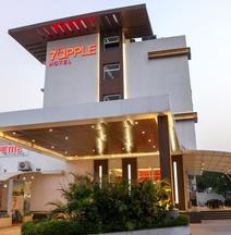 7 Apple Hotel Vadodara