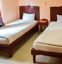 Global Palace Hotel