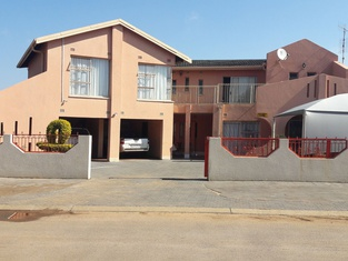 Diphororo Guest House