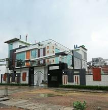 OYO 16639 Hotel Shri Pushpraj