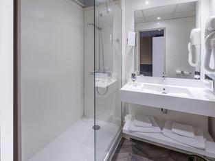 盧昂尚馬斯美居飯店