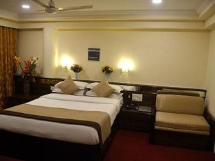 Royal Indu Hotel
