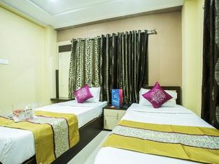 Sundaram Palace
