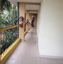 OYO 14532 Hotel Avisha Residency