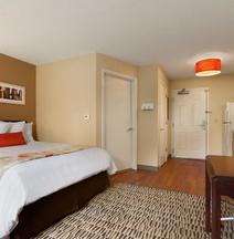 Hawthorn Suites by Wyndham Salt Lake City-Fort Union