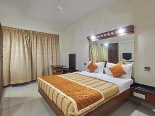 Lotus Bay View Hotel