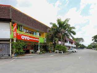 OYO 483 Hotel ABC Lodging