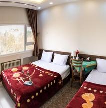 Viana Hotel Isfahan