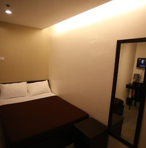 One Hive Hotel and Suites Surigao