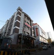 Hotel Dwaraka Inn