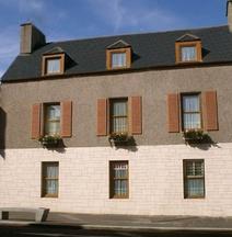 MacDougall Clansman Hotel