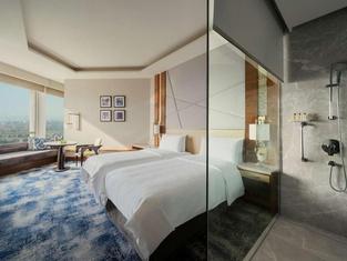 Shangri-La's-Eros Hotel New Delhi