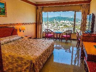 Yannaty Hotel