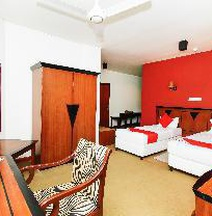 OYO 227 Opulent River Face Hotel