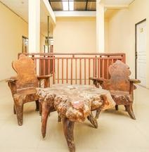 OYO 494 Nadia Residence Syariah