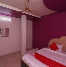 OYO 33482 Mahalakshmi Inn