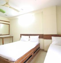 Spot On 40287 Hotel Shangrila