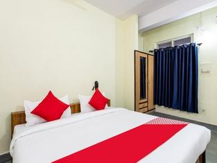 OYO 24844 Hotel Samrat