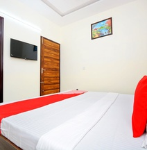 OYO 38787 Hotel Red Rose